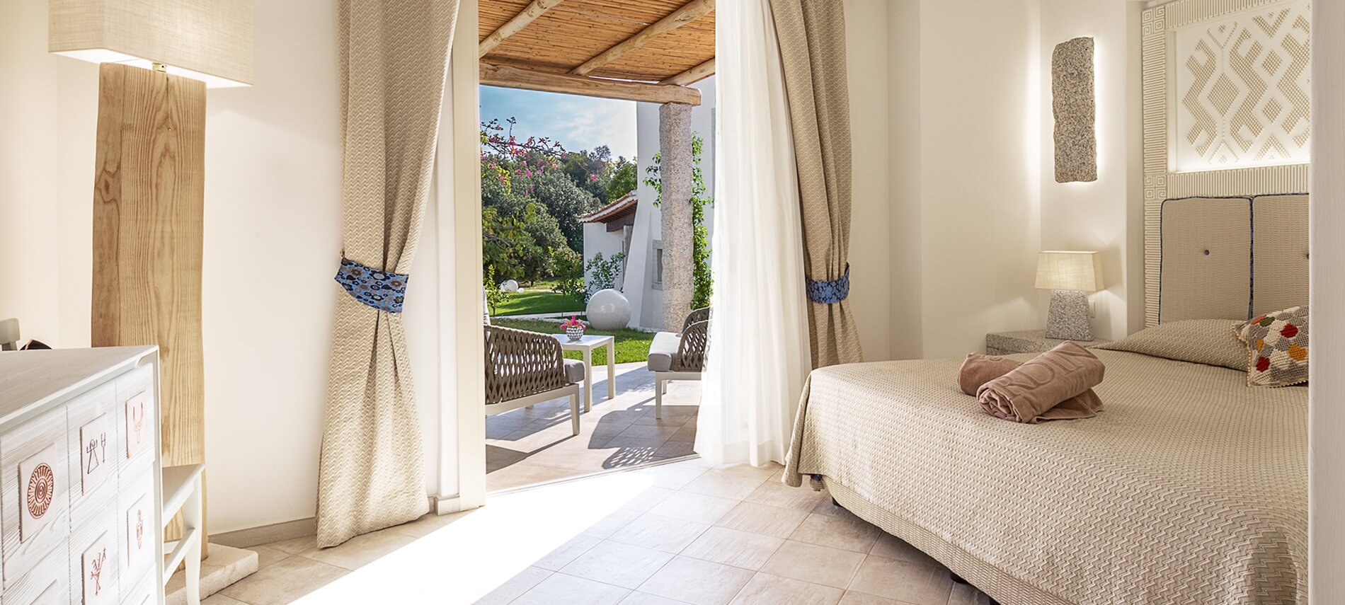 experience_hotel_con_piscina_sardegna
