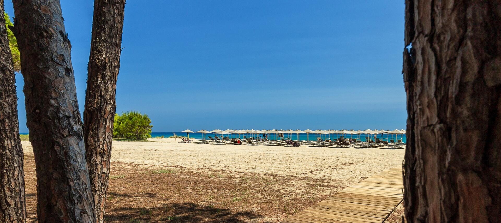 hotel_resort_sulla_spiaggia_cardedu_03