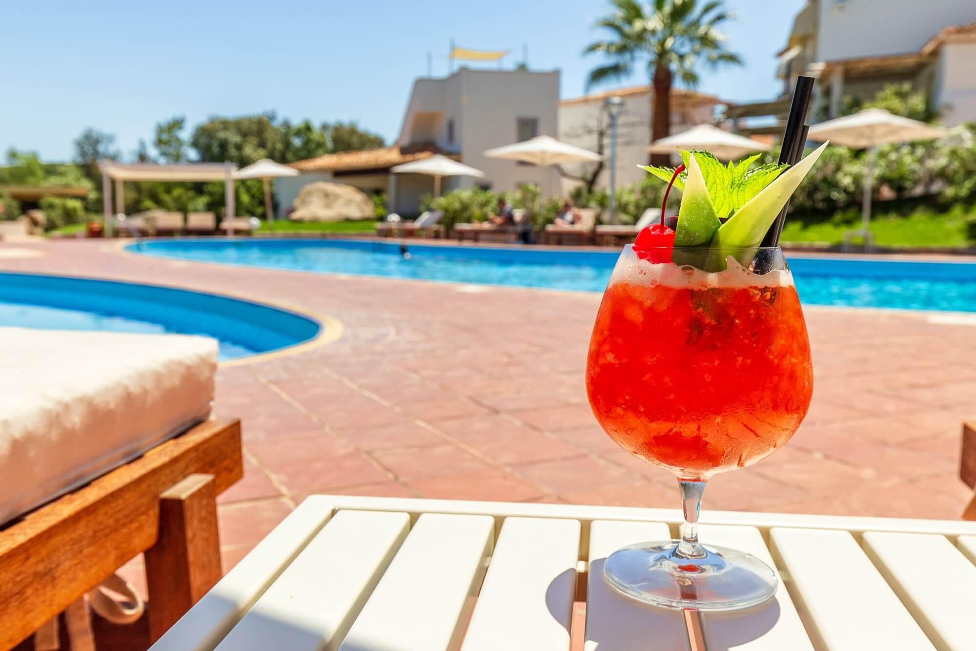 piscina_hotel_corte_bianca_cardedu_004